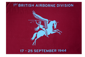 Airborne vlag met tekst: 1st British Airborne Division 17-25 september 1944 100 x 150cm