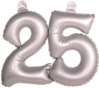 Opblaascijfer '25' zilverkleurig OP=OP